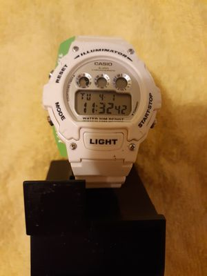 Casio con luz y alarma for Sale in Manassas Park, VA