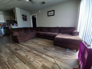Brown couch sectional for Sale in Phoenix, AZ