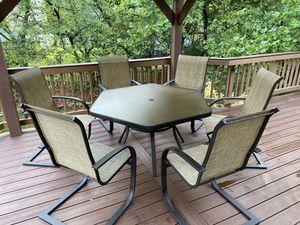6 Seat Outdoor Dining Set for Sale in Woodbridge, VA