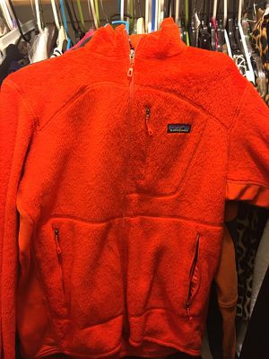 Patagonia jacket Size M for Sale in Silver Spring, MD
