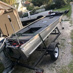 14 Foot Semi Deep V Aluminum Mini Bass Boat for Sale in Clinton Township, MI