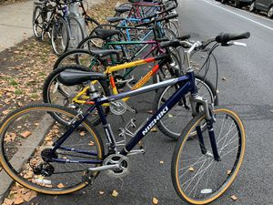 Actual bike for Sale Saturday Oct 31 & Sund November 1 - road hybrid trek Specialized Giant $200-$400 for Sale in New York, NY