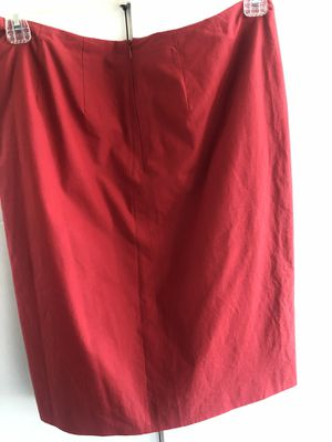 Burberry skirt,red,100% cotton,made in {url removed}.8 for Sale in Kent, WA