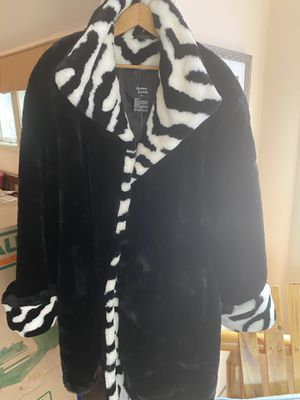 Dennis basso black and white zebra print for Sale in Gresham, OR