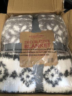 Grey Berkshire King Printed Sherpa Blanket with Velvet Soft Reverse for Sale in Lighthouse Point, FL