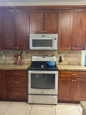 Wood Kitchen Cabinets and Granite Countertops with Island for Sale in Homestead, FL