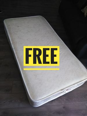 twin mattress for Sale in Lancaster, CA