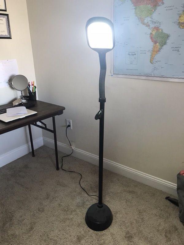 Study stand lamp