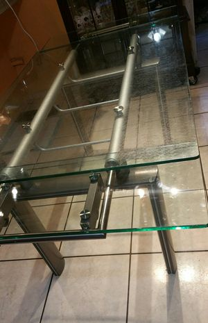 Extendable Glass Kitchen & Dining Table for Sale in Tampa, FL