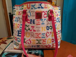 Dooney & Bourke tote bag for Sale in Columbus, OH