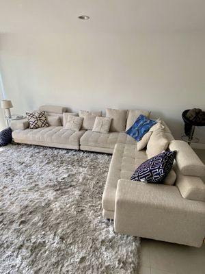 Sectional sofa couch for Sale in Fort Lauderdale, FL