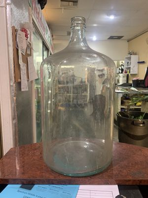 Antique 5 Gallon Glass Bottle for Sale in Irwindale, CA
