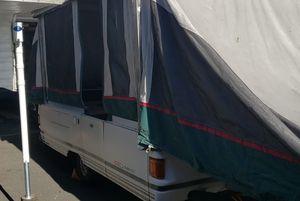 95 Coleman hydraulic pop up camper for Sale in Lynnwood, WA