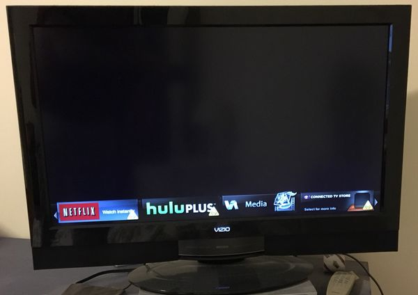 Vizio 32 inch LCD WiFi enabled TV with Apps