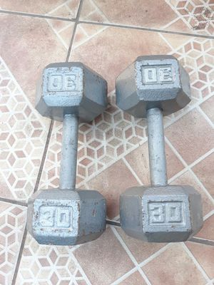 Dumbbell set for Sale in South El Monte, CA