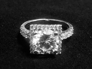 Sterling Silver ring / CZ round for Sale in Las Vegas, NV