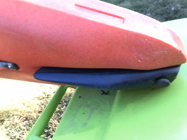 Discovery Crossover 12.5 foot kayak