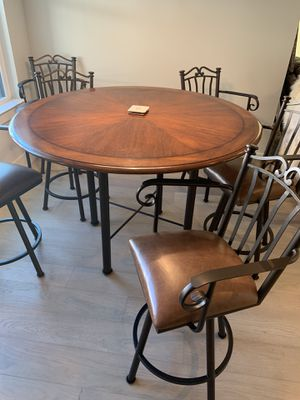 Dining Room Table -Wooden with 6 swivel chairs for Sale in Austin, TX
