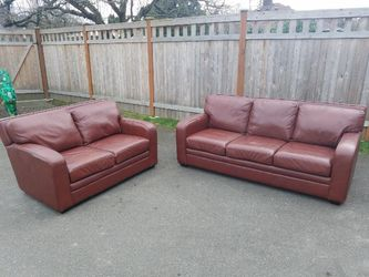 Leather Couch Set (Delivery Available) for Sale in Edmonds,  WA