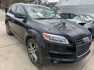 FOR PARTS ONLY 2008 AUDI Q7 QUATTRO PREMIUM 3.6L AWD. 140K.MILES for Sale in Lockport, IL