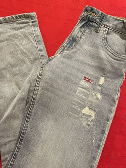 Girls Levi's Size 14 Regular New Missing Button for Sale in Victorville,  CA