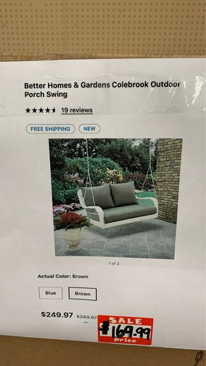Better homes and garden outdoor porch swing for Sale in Glendale, AZ