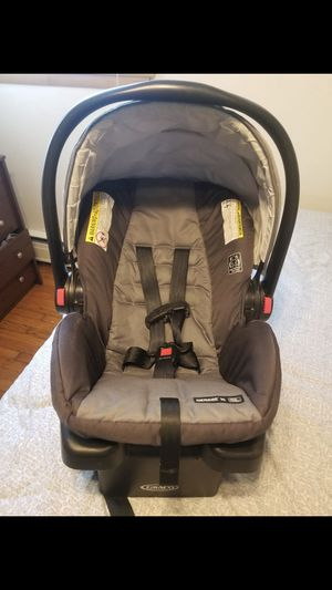 Car seat for baby for Sale in River Grove, IL