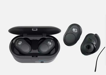 Skullcandy Push XT Wireless Earbuds - Black (certified refurbished) for Sale in New York,  NY
