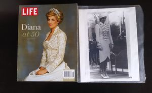 "LIFE Magazine ""Princess Diana"" and 11x8 Photo for Sale in Rialto, CA"