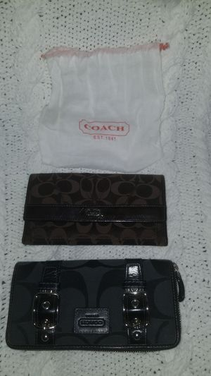 Coach Wallets for Sale in Des Plaines, IL