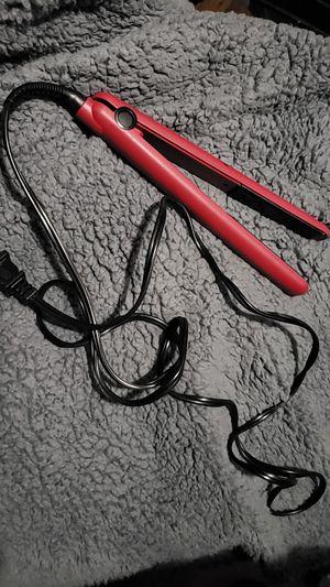 Revlon ceramic hair straightener flat iron for Sale in Philadelphia, PA