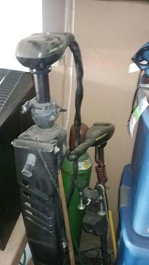Maxxum pro 101 trolling motor for Sale in Hemet, CA