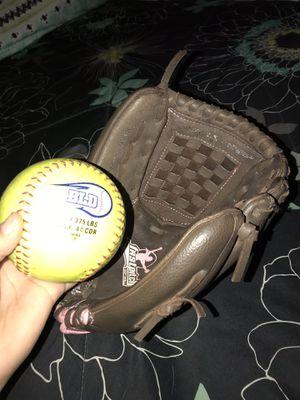 Softball glove ⚾️ for Sale in Las Vegas, NV