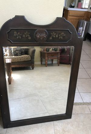 Wall decoration mirror for Sale in San Jacinto, CA