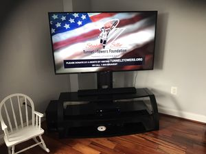 65 inch modern TV Stand for Sale in Alexandria, VA