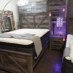 BEDROOM SET: QUEEN BED +DRESSER+NIGHTSTAND SKU#TCB440-SET for Sale in Santa Ana,  CA