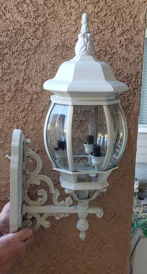 Outdoor wall lamp. for Sale in Fontana, CA