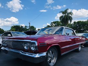 1963 CHEVY IMPALA 327 V8 AUTO for Sale in Wesley Chapel, FL