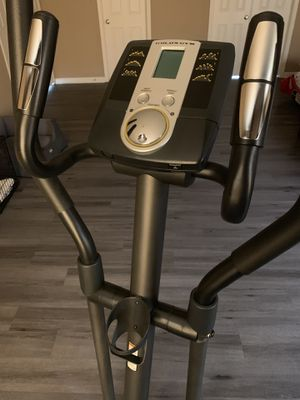 Gold's Gym Elliptical Machine for Sale in McHenry, IL