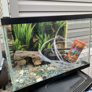 Beautiful fish Tanks For Sale With everything 20 gallons for Sale in Laurel, MD