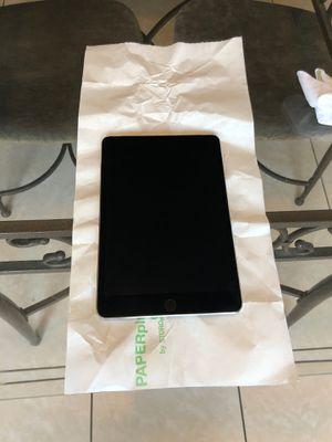 Apple mini iPad 64 GB for Sale in Delano, CA