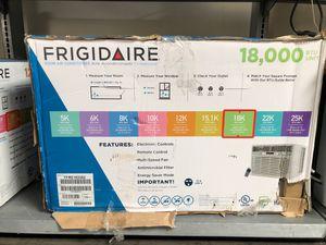 Frigidaire 18000 btu window ac 240v for Sale in Tustin, CA