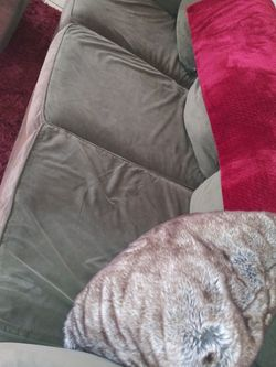 Free Couch And Chair for Sale in Henderson,  NV