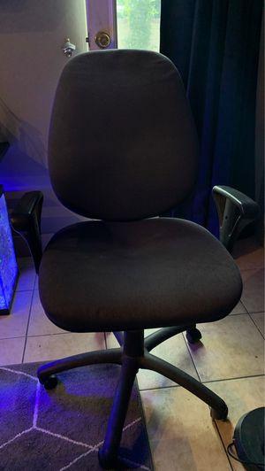 Office chair for Sale in Bellflower, CA