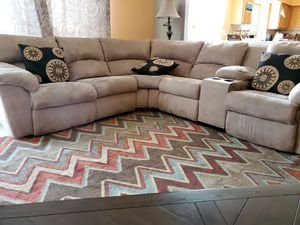 Sectional couch.. $550 for Sale in Canton, MI