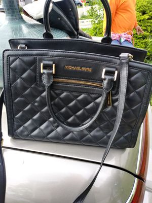 Michael kors for Sale in McCook, IL