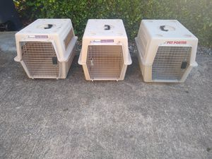 Medium sized dog crate for Sale in Federal Way, WA