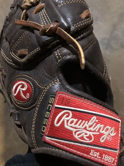 Rawlings Revo 1b Glove for Sale in Los Angeles,  CA