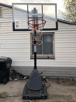 Basketball hoop with chain and return attachment for Sale in Lakewood, CO