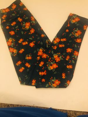 Women's LuLaRoo one size leggings for Sale in Alexandria, VA